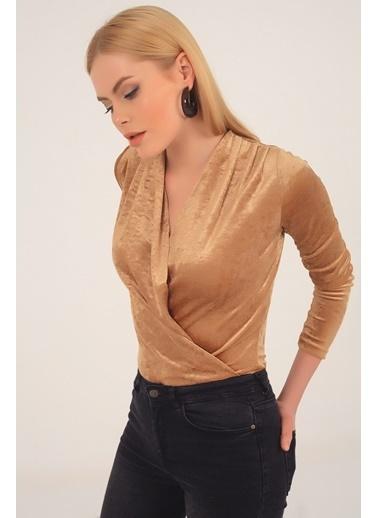 Emjey Kadife Kruvaze Yaka Çıtçıtlı Bluz Altın